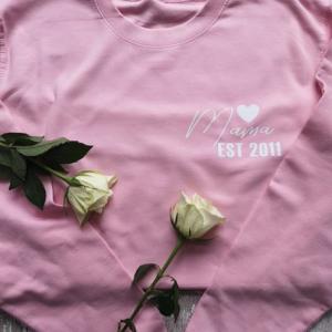 Mama EST heart design
